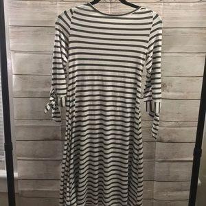 Les Amis Gray + White Striped Dress w/ tie sleeve